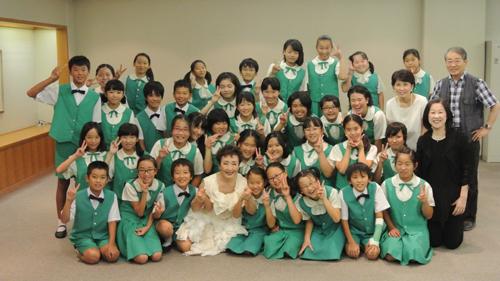 8.15プラタナスコンサート登紀子さんと一緒に.JPG