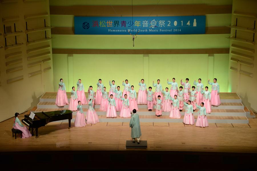 http://www.hcf.or.jp/bunka/world_youth_music_festival/news/2%E9%9F%93%E5%9B%BD.jpg