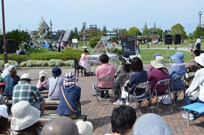 遠州浜海浜公園での開催の様子